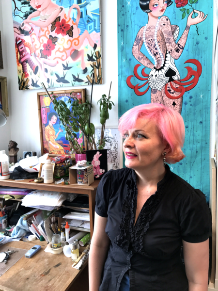 L'artiste Sunny Buick dans son studio.